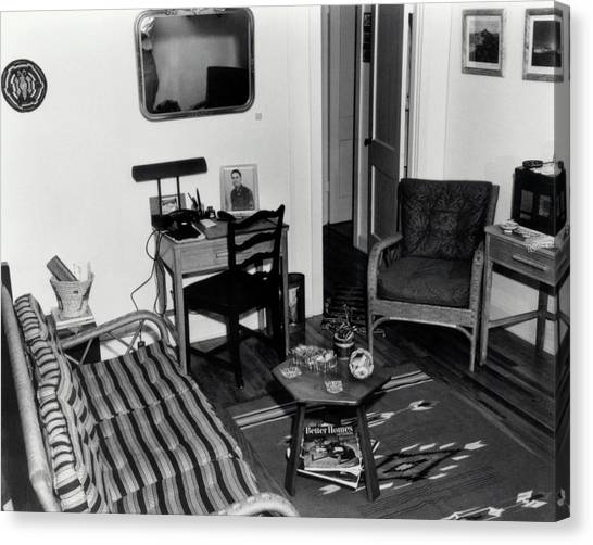 Interior Of Typical House Canvas Print by Los Alamos National Laboratory/science Photo Library
