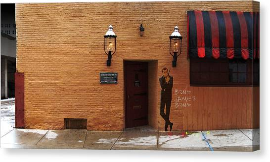 International Exports Ltd Secret Entrance To The Safe House In Milwaukee Canvas Print by David Blank