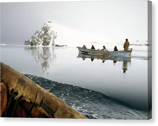 Inuit Sea Hunters Canvas Print by Science Photo Library