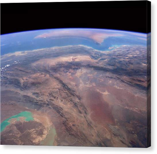 Space Shuttle Canvas Print - Iran And Persian Gulf From Space by Nasa/science Photo Library