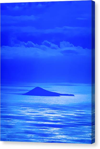 Island Of Yesterday Canvas Print