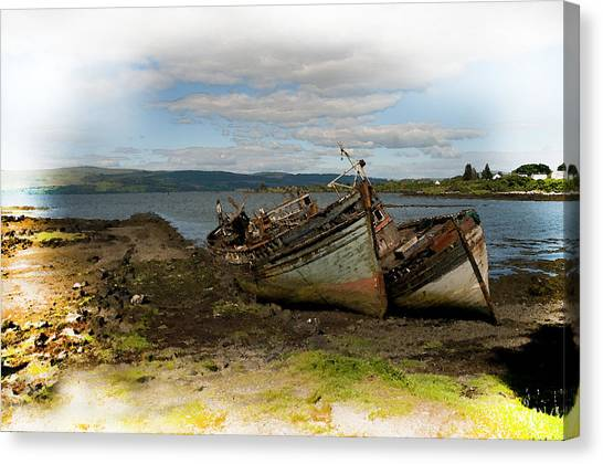 Isle Of Mull Boats Canvas Print