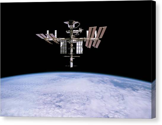 Space Shuttle Canvas Print - Iss And Space Shuttle Endeavour by Nasa/esa/science Photo Library