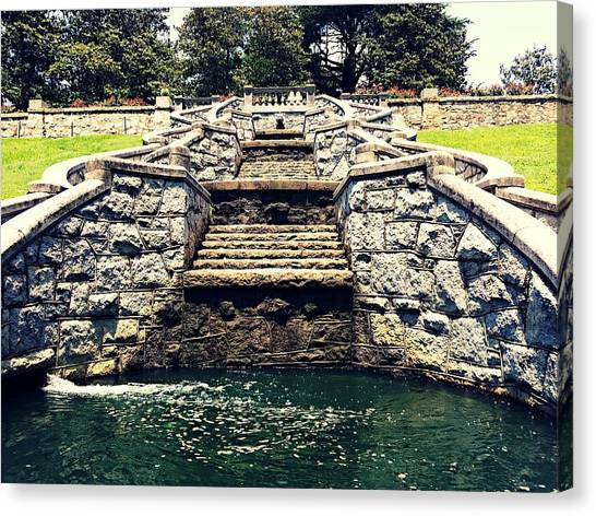Italian Garden Architect  Canvas Print by Kiara Reynolds