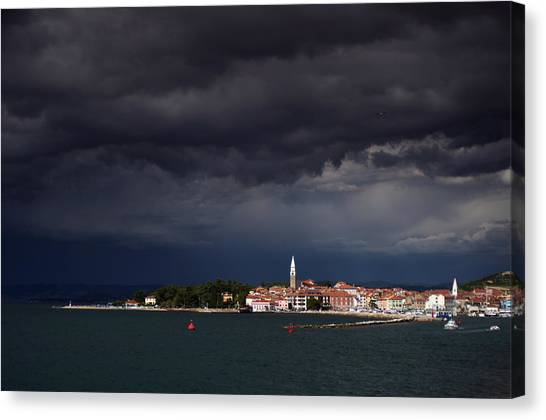 Izola In The Eye Of A Storm Canvas Print