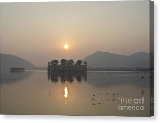Jal Mahal In Sunrise Canvas Print