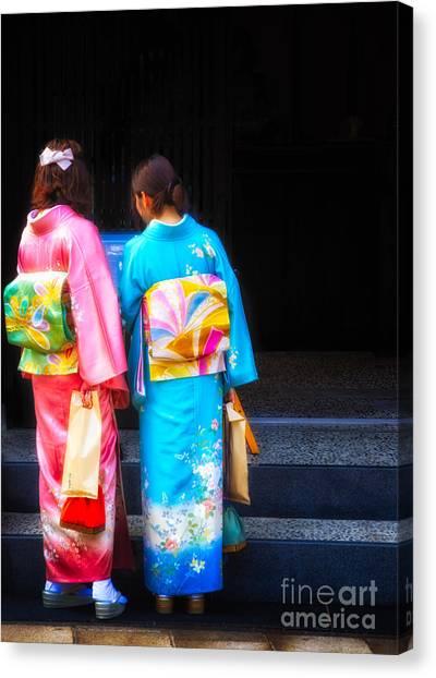 Japanese Women Wearing Beautiful Kimono Canvas Print