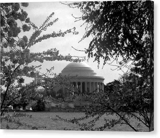 Jefferson Memorial Canvas Print by Kimber  Butler