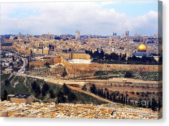 Jerusalem From Mount Olive Canvas Print