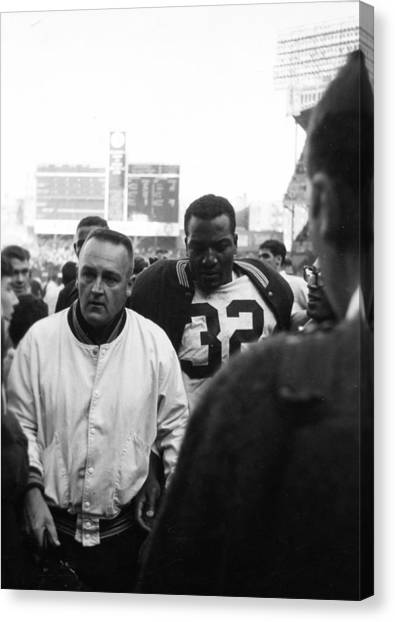Running Backs Canvas Print - Jim Brown The Great Leaving The Field by Retro Images Archive