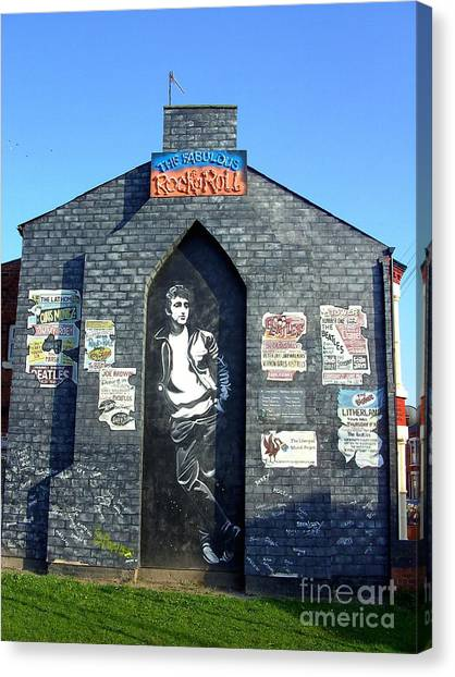 John Lennon Mural Liverpool Uk Canvas Print