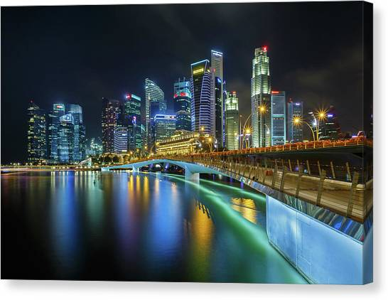 Jubilee Bridge Singapore Canvas Print by Photography By Spintheday