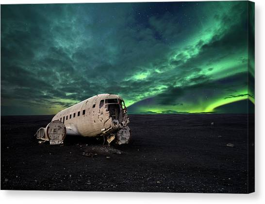 Aurora Borealis Canvas Print - Just[in] A Bieber Party ! by Carlos Resende
