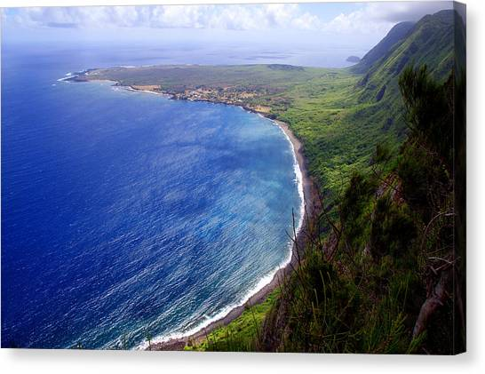 Kalaupapa Cliffs Canvas Print - Kalaupapa Peninsular by Kevin Smith