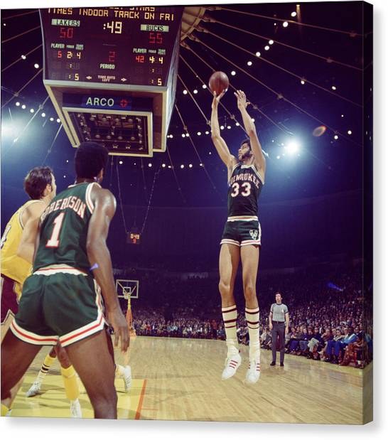 Milwaukee Bucks Canvas Print - Kareem Abdul Jabbar Shooter by Retro Images Archive