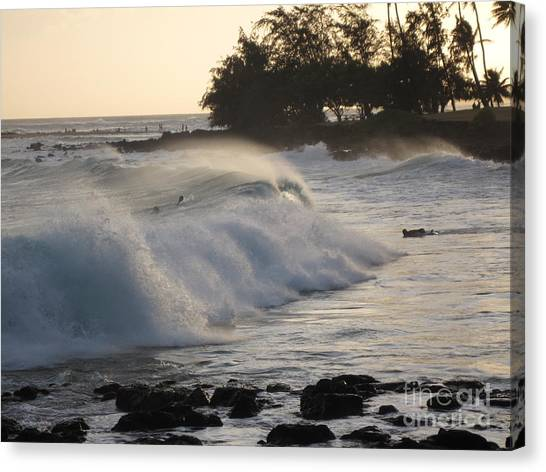 Kauai - Brenecke Beach Surf Canvas Print