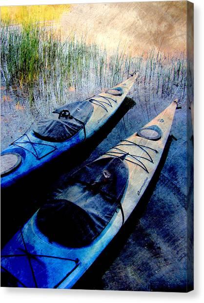 Kayaks Resting W Metal Canvas Print