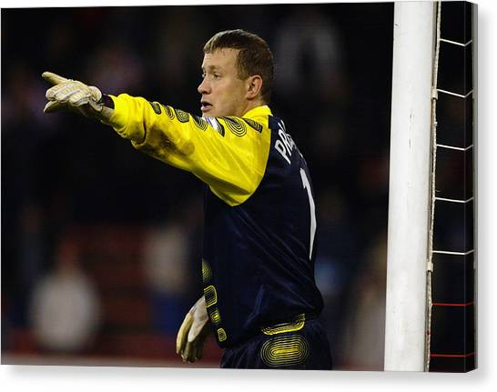 Kevin Pressman Of Sheffield Wednesday Canvas Print by Laurence Griffiths