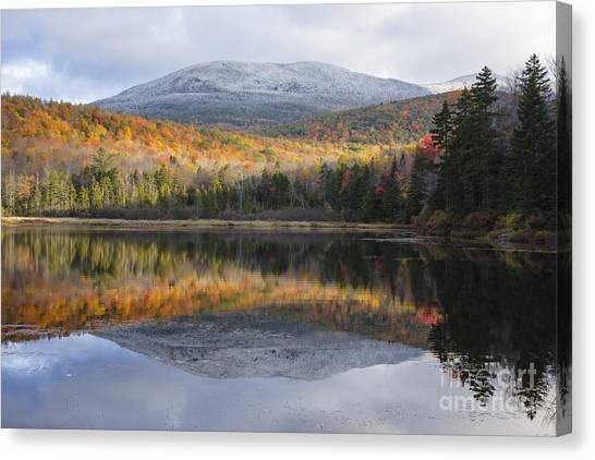 Kiah Pond - Sandwich New Hampshire Usa Canvas Print