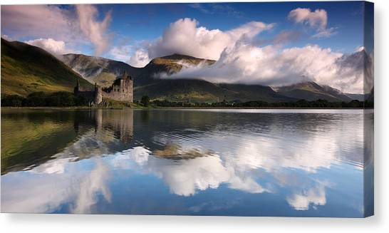 Castle Canvas Print - Kilchurn Castle by Guido Tramontano Guerritore