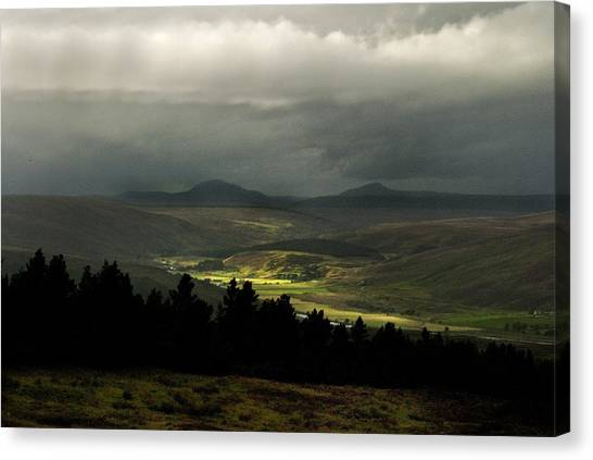 Kildonan Strath Northern Highlands Of Scotland Canvas Print