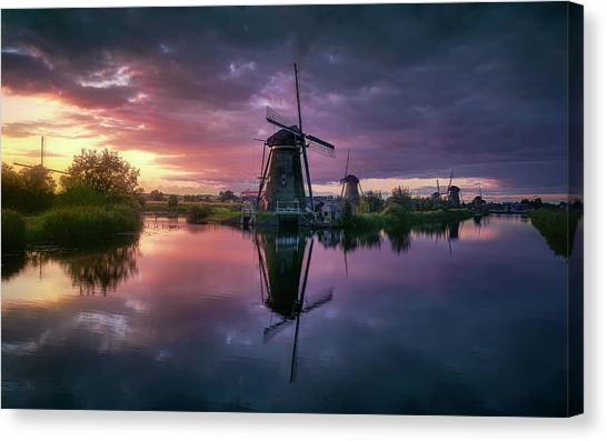 Holland Canvas Print - Kinderdijk by Jes?s M. Garc?a