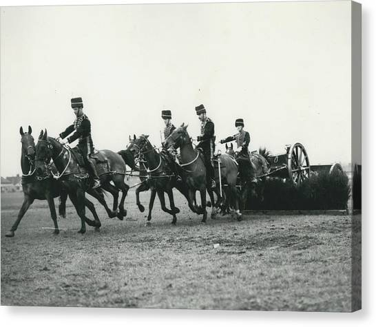 King�s Troop Of The R.h.a. Rehearse�. Even The Gun Goes Canvas Print by Retro Images Archive