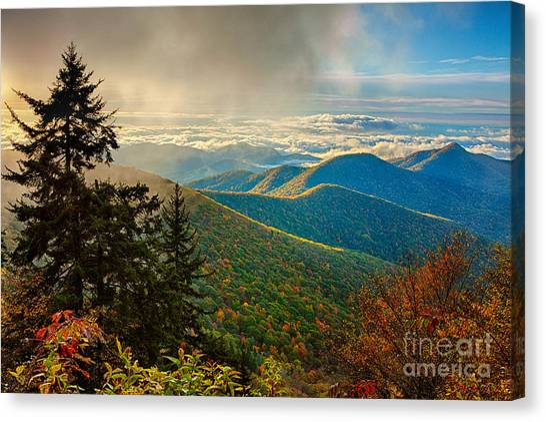 Kiss Of Sunshine - Blue Ridge Mountains I Canvas Print