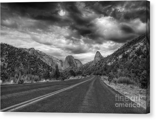 Kolob Canyon Black And White Canvas Print