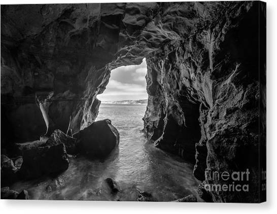 La Jolla Cave Bw Canvas Print