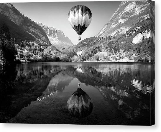 Hot Air Balloons Canvas Print - La Mongolfiera by Andrea Auf Dem