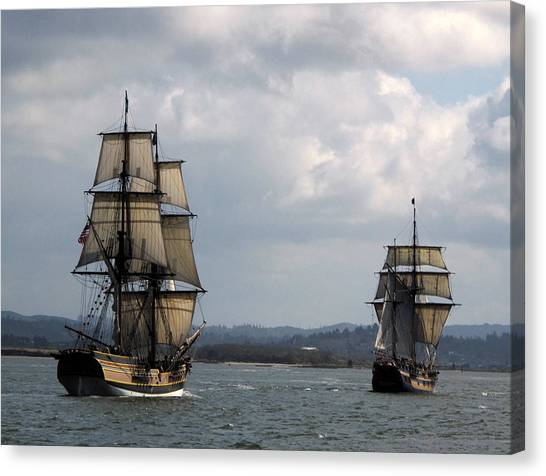 Lady Washington And The Hawaiian Chieftain Canvas Print