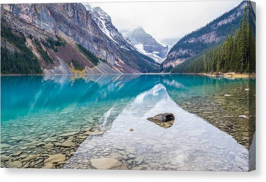 Lake Louise In Banff National Park Alberta Canvas Print