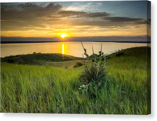 Lake Oahe Sunset Canvas Print