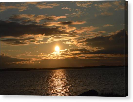 Lake Sunrise Canvas Print