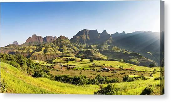 Landscape Near The Escarpment Canvas Print by Martin Zwick