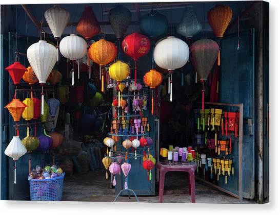 Lantern Shop In Hoi An Ancient Town Canvas Print by Keren Su