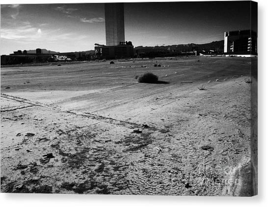 las vegas plaza empty vacant unused lot on the Las Vegas strip Nevada USA Canvas Print by Joe Fox