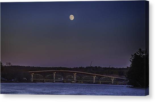 Last Moon Rise Canvas Print