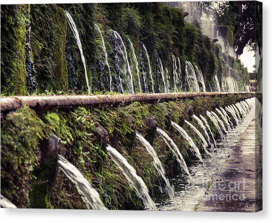 Le Cento Fontane The Hundred Fountains  At Villa D'este Gardenst Canvas Print