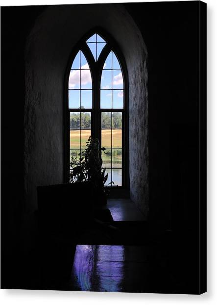 Leeds Castle Window Canvas Print