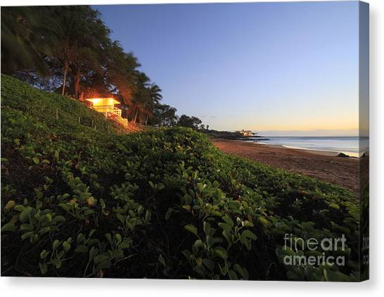 Lifeguard Canvas Print - Lifeguard Shack Kamaole IIi Beach South Maui Kihei Hawaii by Edward Fielding