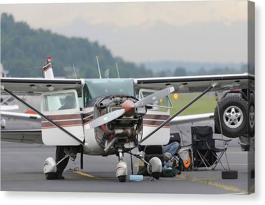 Cessnas Canvas Print - Light Aircraft Maintenance by Aviation Images / Science Photo Library
