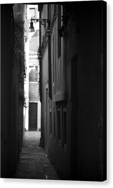 Light's Passage - Venice Canvas Print
