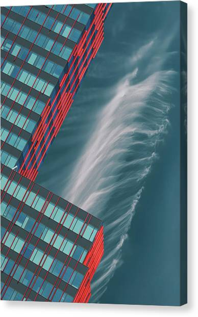 Like A Feather In The Air. Canvas Print by Greetje Van Son