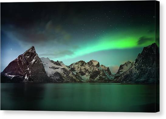 Winter Sky Canvas Print - Lille Toppa??ya by Hilde Ghesquiere