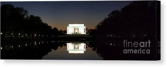 Lincoln Memorial Canvas Print - Lincoln Memorial by Mike Baltzgar