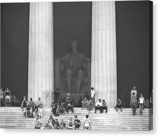 Lincoln Memorial Canvas Print - Lincoln Memorial - Washington Dc by Mike McGlothlen