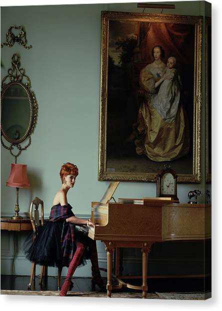 Linda Evangelista At A Piano Canvas Print