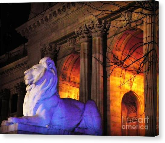 Lion Nyc Public Library Canvas Print